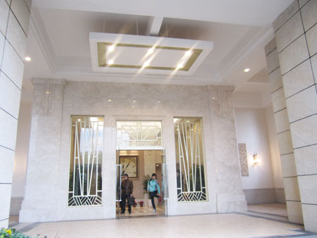 广电兰亭都荟架空层外厅内堂完全按星级酒店标准装修